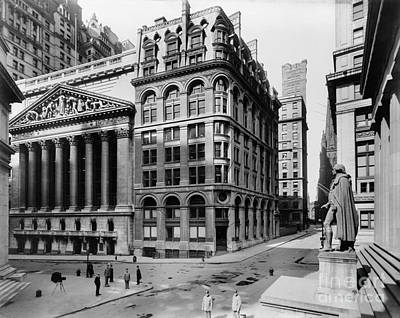 Aerials Photograph - Stock Exchange, C1908 by Granger