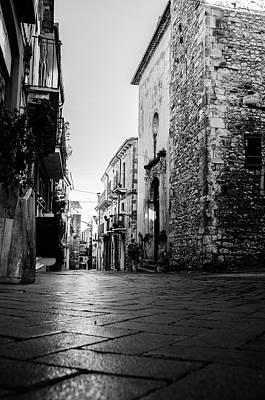 Streetlight Photograph - Streets Of Italy - Guardiagrele 8 by Andrea Mazzocchetti