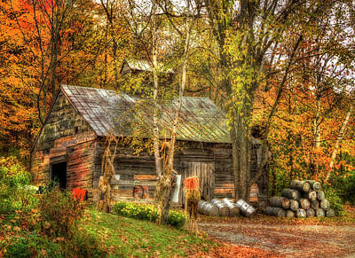 New England Dairy Farms Photograph - Sugarhouse At Sugarbush Farm - Woodstock Vermont by Joann Vitali
