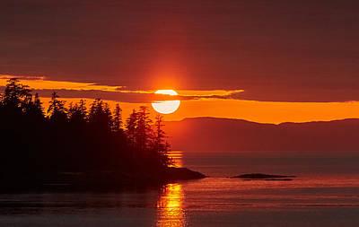 Sunset Photograph - Sun Through Clouds In Alaska by Edward Betz