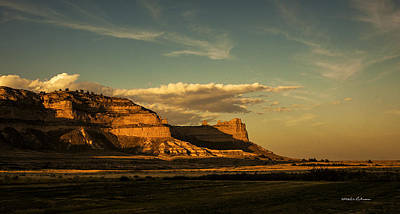 Sunset At Scotts Bluff National Monument Print by Edward Peterson
