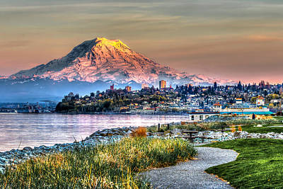 Sunset On Mt Rainier And Point Ruston Print by Rob Green