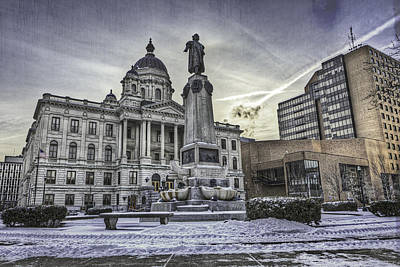 Syracuse Courthouse Print by Everet Regal