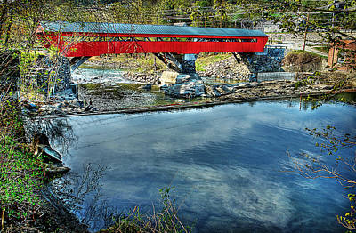 Taftsville Photograph - Taftsville Bridge From Upstream by Michael Ciskowski