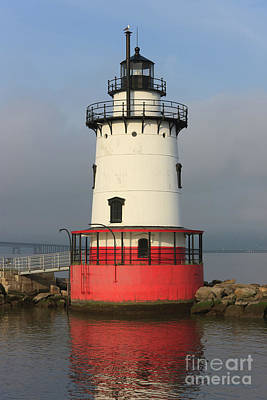 Empire State Building Photograph - Tarrytown Lighthouse I by Clarence Holmes
