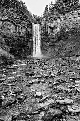 Taughannock Falls State Park Print by Stephen Stookey