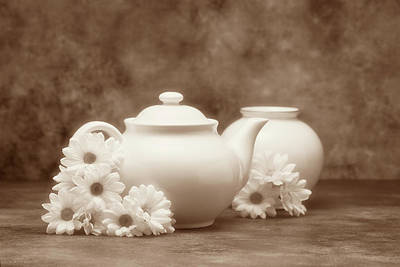 Sepia Flowers Photograph - Teapot With Daisies I by Tom Mc Nemar