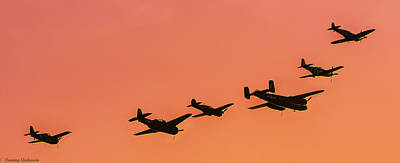 Photograph - Texas Flying Legends Into The Sun by Tommy Anderson