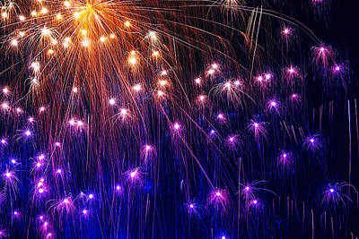 The Bombs Bursting In Air Print by Gary Holmes