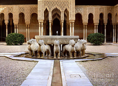 The Court Of The Lions Alhambra Print by Guido Montanes Castillo