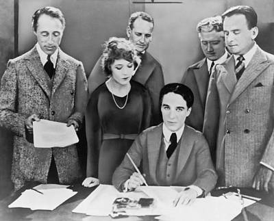 Movie Star Photograph - The Creation Of United Artists by Underwood Archives