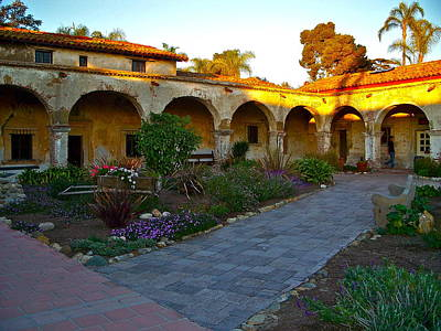 Dormitories Photograph - The Dormitory And Serra Chapel Viewed From The Central Courtyard Mission San Juan Capistrano Ca by Karon Melillo DeVega