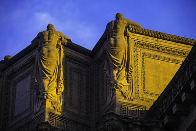 Classicism Photograph - The Great Palace Of Fine Arts by Garry Gay