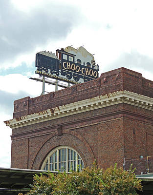 The Historic Chattanooga Choo Choo Sign Print by Marian Bell