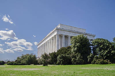 Lincoln Memorial Digital Art - The Lincoln Memorial In The Spring by Bill Cannon