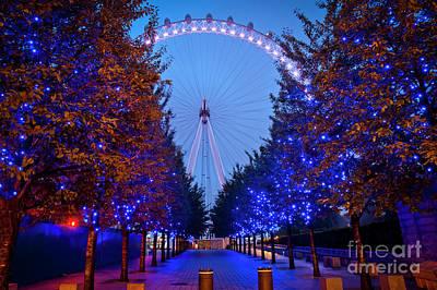 London Eye Digital Art - The London Eye At Night by Donald Davis