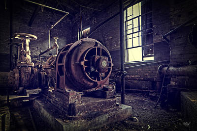 Generator Photograph - The Machine by Everet Regal