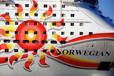 The Norwegian Sun Bow Print by Susanne Van Hulst