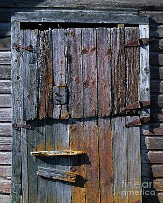 Patina Digital Art - The Old Barn Door by Terril Heilman