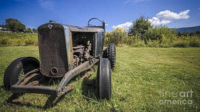 Model T Photograph - The Old Jalopy by Edward Fielding