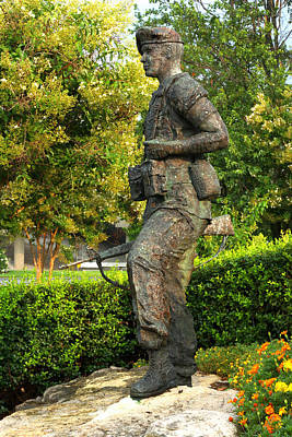 101st Airborne Division Photograph - The Peacekeeper by Angela Comperry