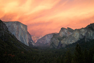El Capitan Photograph - The Red Valley by Francesco Emanuele Carucci