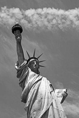 Liberty Island Digital Art - The Statue Of Liberty New York City Black And White by Toby McGuire