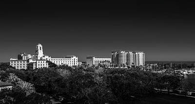 The Vinoy Resort Hotel B/w Print by Marvin Spates