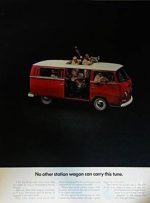 Hippie Van Photograph - The Vw Van by Paul Ward