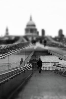 St Pauls Cathedral Photograph - The Walk by Martin Newman