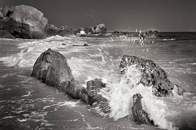 The Wave Print by Guido Montanes Castillo