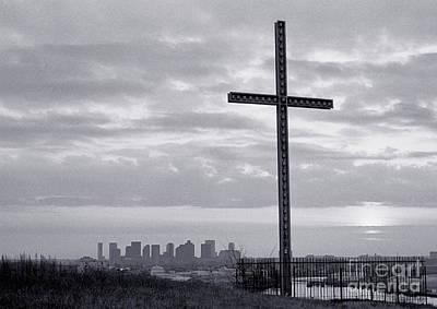 Photograph - The Winthrop Cross Boston Tom Wurl by Tom Wurl