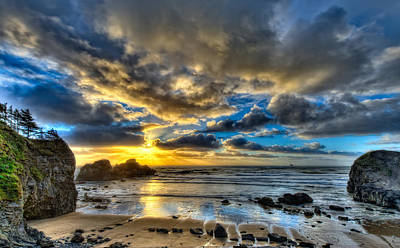 Sun Rays Digital Art - This Is Oregon State 7 - Sea Lion Rock by Paul W Sharpe Aka Wizard of Wonders