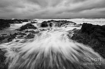 Flowing Wells Photograph - Thors Well Oregon Truly A Place Of Magic 8 by Bob Christopher