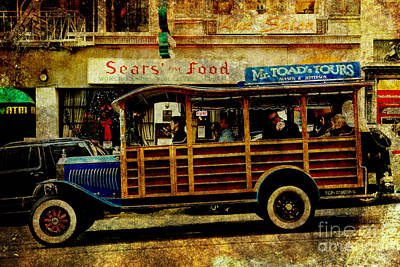 Touring The Streets Of San Francisco . Texture Print by Wingsdomain Art and Photography