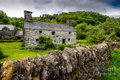 Victorian Digital Art - Traditional Farmhouse by Adrian Evans