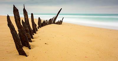 90 Mile Beach Photograph - Trinculo Shipwreck by Chris Van Kan
