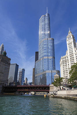 Chicago Skyline Photograph - Trump Tower Chicago by Adam Romanowicz