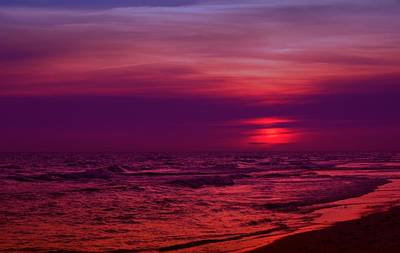 Twilight Print by Sandy Keeton