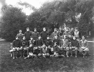 Young Man Photograph - Uc Berkeley 1900 Football Team by Underwood Archives