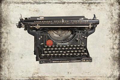 Unerwood Standard Typewriter Print by Daniel Hagerman