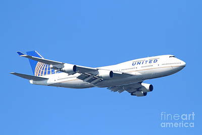 United Airlines Boeing 747 . 7d7850 Print by Wingsdomain Art and Photography