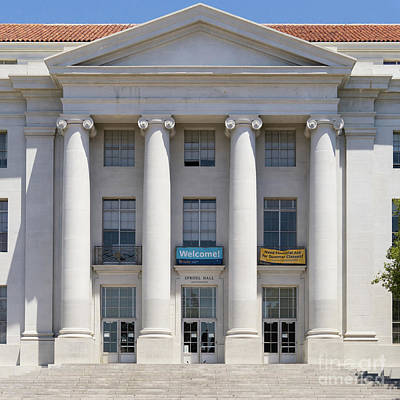 University Of California Berkeley Historic Sproul Hall At Sproul Plaza Dsc4081 Square Print by Wingsdomain Art and Photography