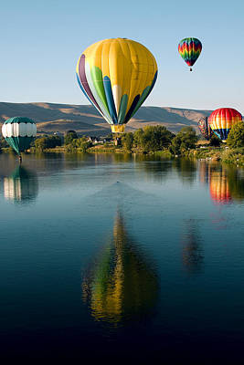 Up Up In The Air Print by David Patterson