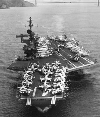 Warships Photograph - Uss Midway Leaves Sf by Underwood Archives