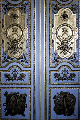 France Doors Photograph - Versailles Door by Georgia Fowler