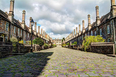 Vicars Close Photograph - Vicars Close, Wells, England by Tomas Mitchell
