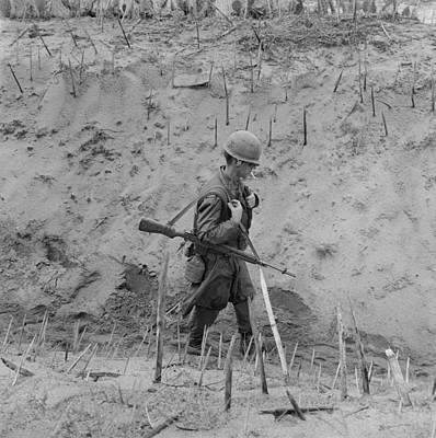Vietnam War. Us Marine Walks Print by Everett