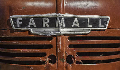 Plow Photograph - Vintage Farmall Tractor by Scott Norris