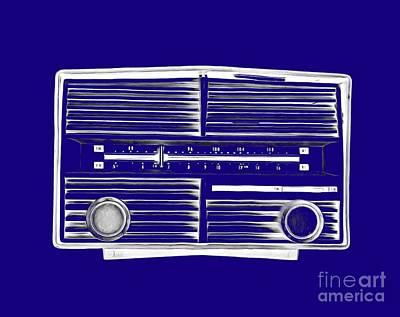 T-shirt Designs Drawing - Vintage Radio Tee by Edward Fielding
